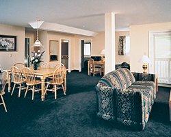 grand summit resort hotel attitash timeshare resale and. Black Bedroom Furniture Sets. Home Design Ideas